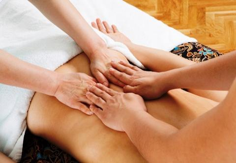 Four hands massage